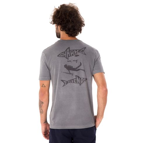 CAMISETA-SHARK-FRIEND-CINZA-CHUMBO